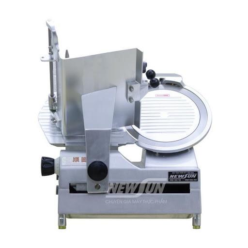 Máy cắt thịt SL 300B của NEWSUN