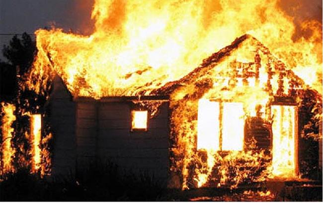 Nằm mơ thấy cháy nhà điềm báo gì trong tương lai?